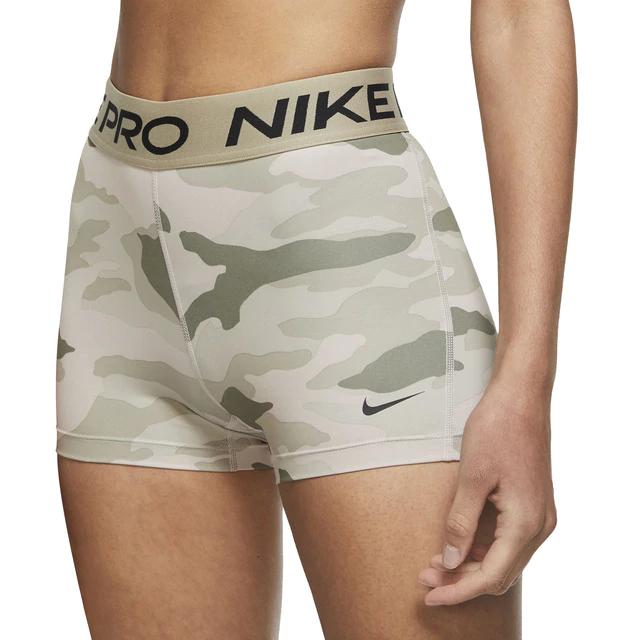 30% de descuento en Short de mujer Pro Nike