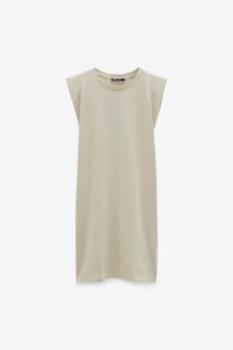 45% de descuento en Vestido de hombreras Zara